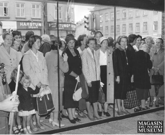 Flere og flere kvinder kom ud på arbejdsmarkedet, og privatforbruget var stigende